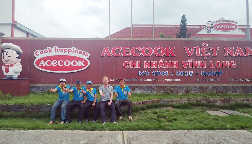 ve-sinh-nha-xuong-tai-vinh-long-accook1